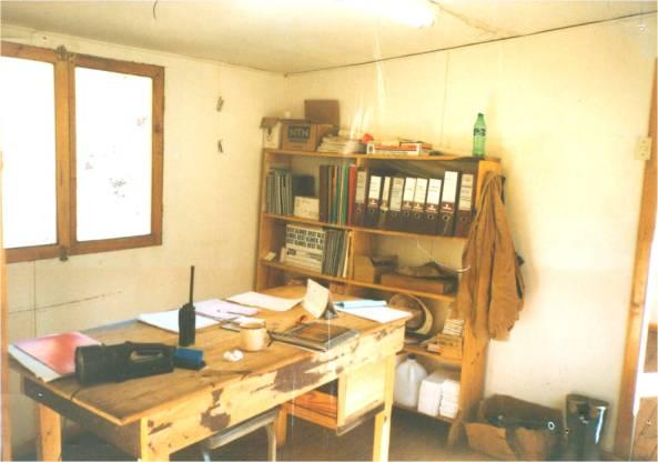 MOBILIARIO PRODUCIDO CON LA NUEVA TENDENCIA DEL RECLAJE EN 1998